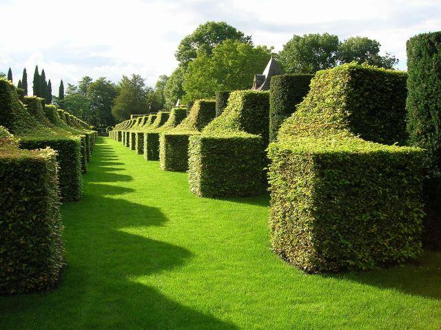 eyrignac-manor-gardens